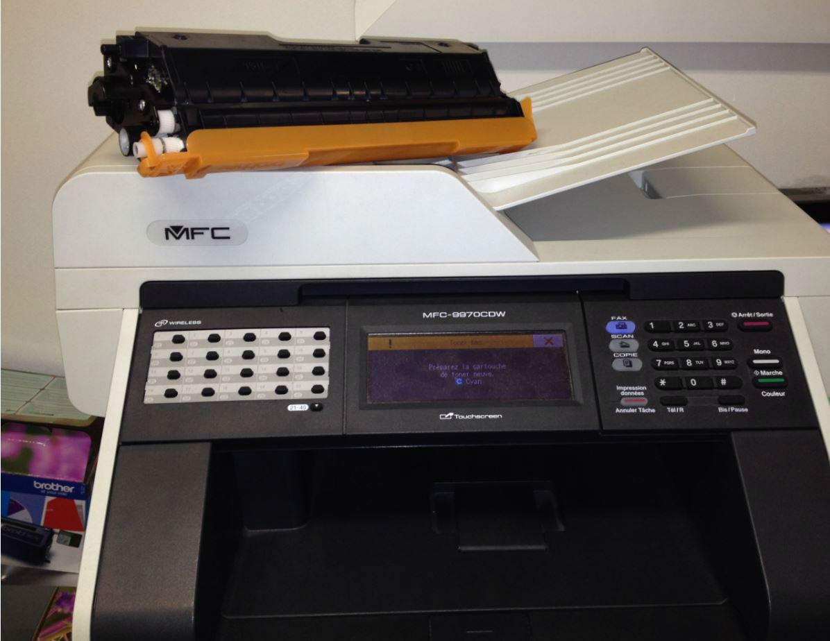 Une imprimante professionnelle compatible avec des cartouches recyclables